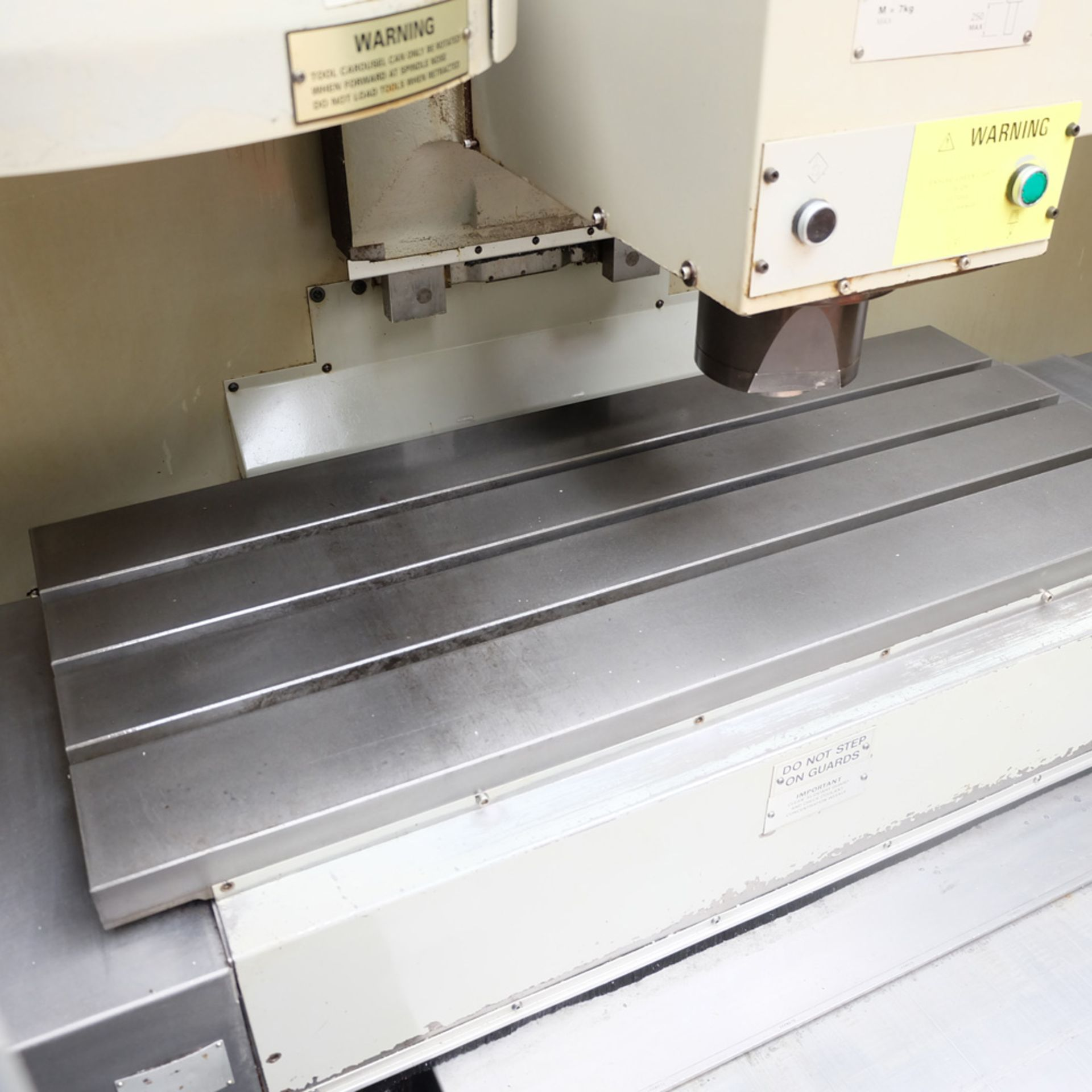 Bridgeport VMC 1000/22 Vertical Milling Machine. Table Size 1150mm x 490mm. - Image 4 of 12