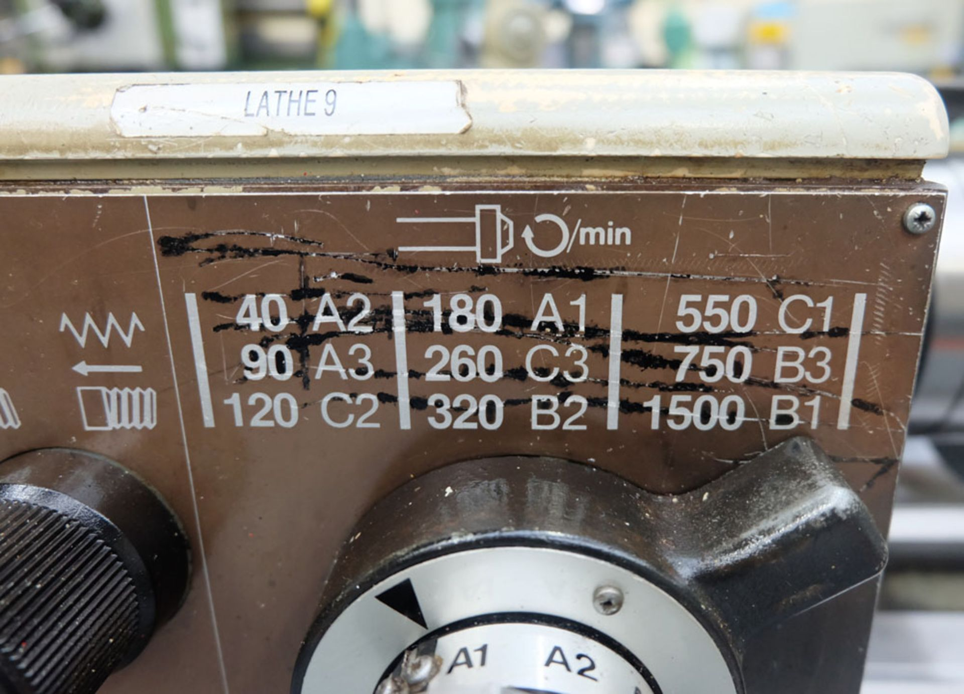 """Harrison M250 Tool Room Centre Lathe. Swing Over Bed 13"""". Distance Between Centres 30"""". - Image 7 of 14"""