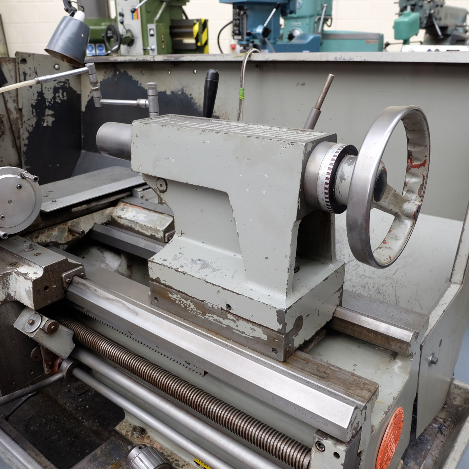 "Colchester Mastiff 1400 Gap Bed Centre Lathe. 21"" Swing Over Bed. 40"" Distance Between Centres. - Image 7 of 7"