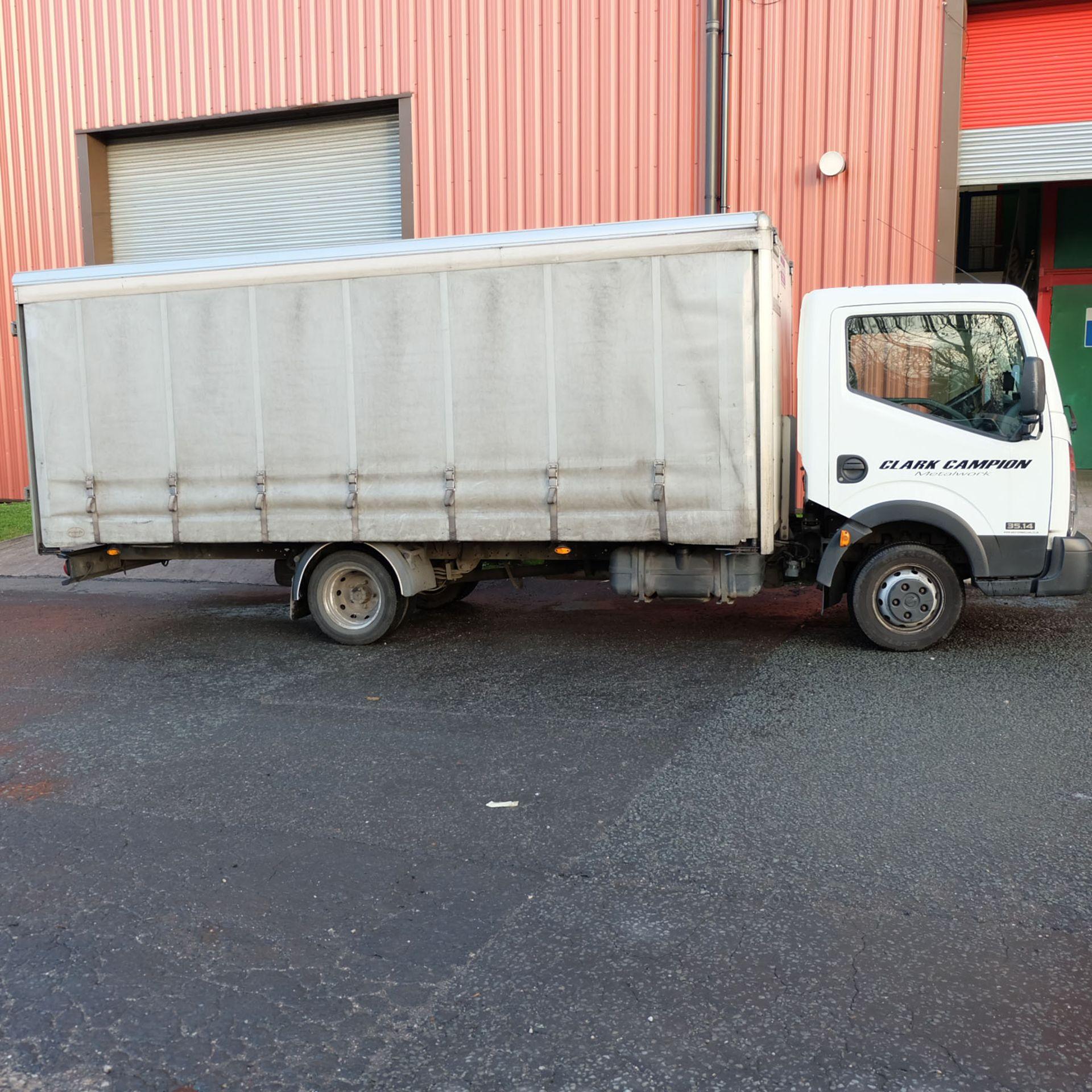 NISSAN CABSTAR 35.14 Rigid Bodied Curtain Truck. 3500KG Gross Weight. Sat Nav, Reversing Camera. - Image 3 of 14