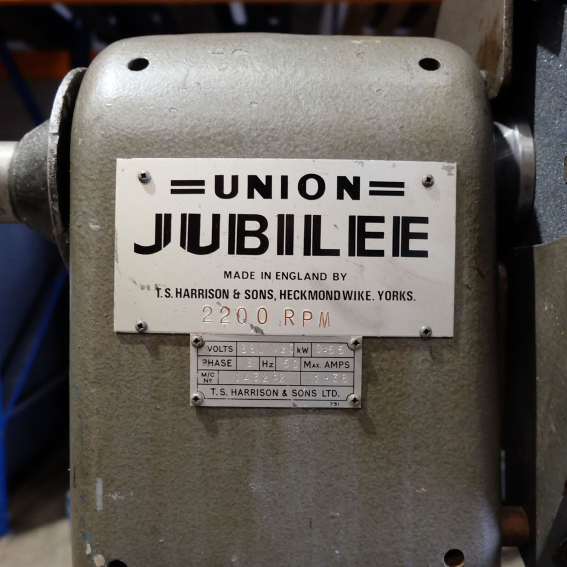 Union Jubilee Double Ended Pedestal Tool Grinding & Polishing Machine. Speed 2200rpm. - Image 4 of 6