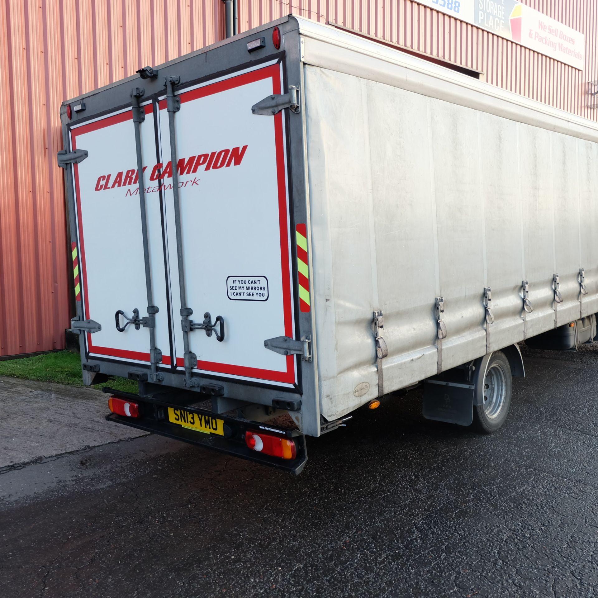 NISSAN CABSTAR 35.14 Rigid Bodied Curtain Truck. 3500KG Gross Weight. Sat Nav, Reversing Camera. - Image 4 of 14