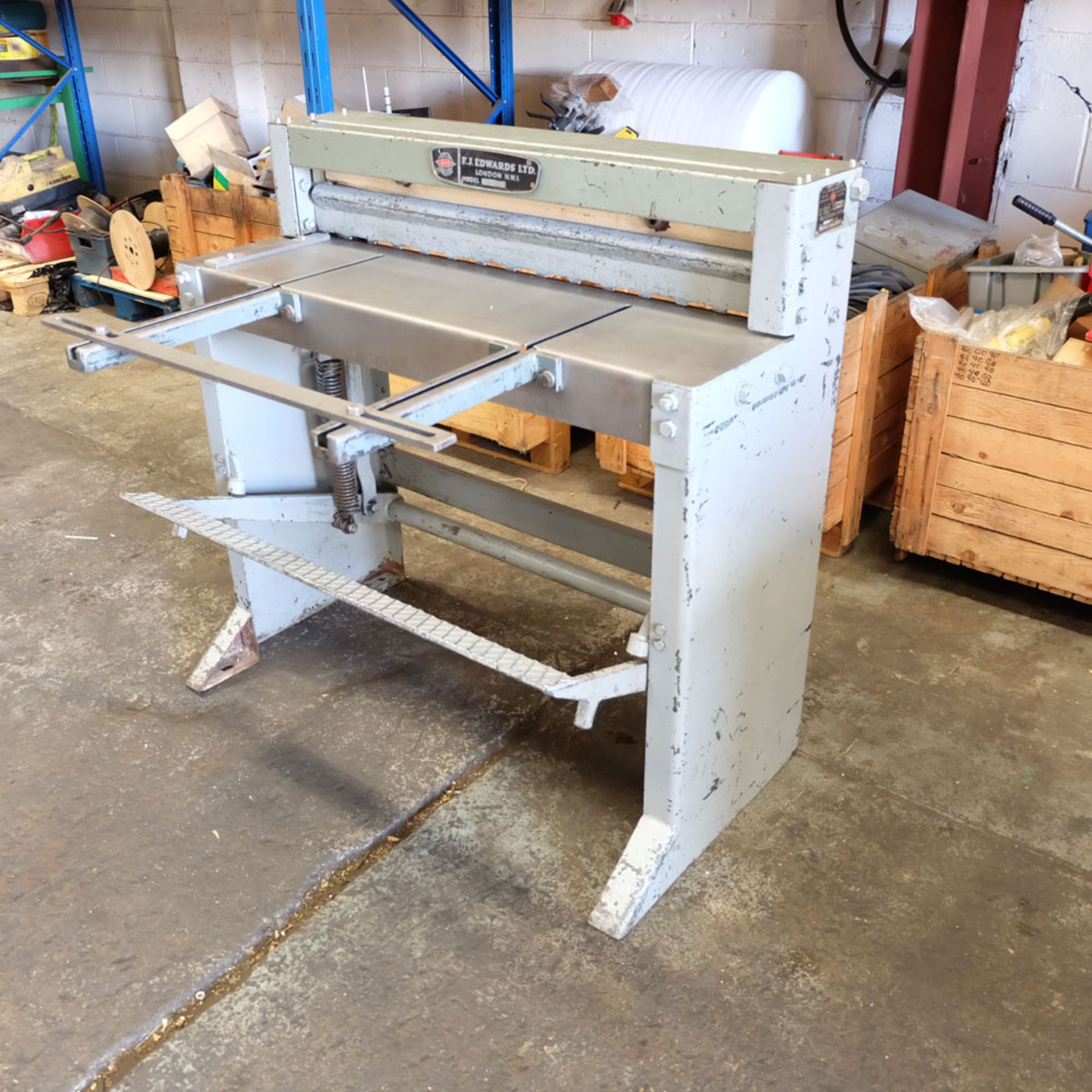 "Edwards Treadle Guillotine 3ft x 16swg. Capacity 36"" x 16swg. Back Gauge. Front Supports. - Image 5 of 8"