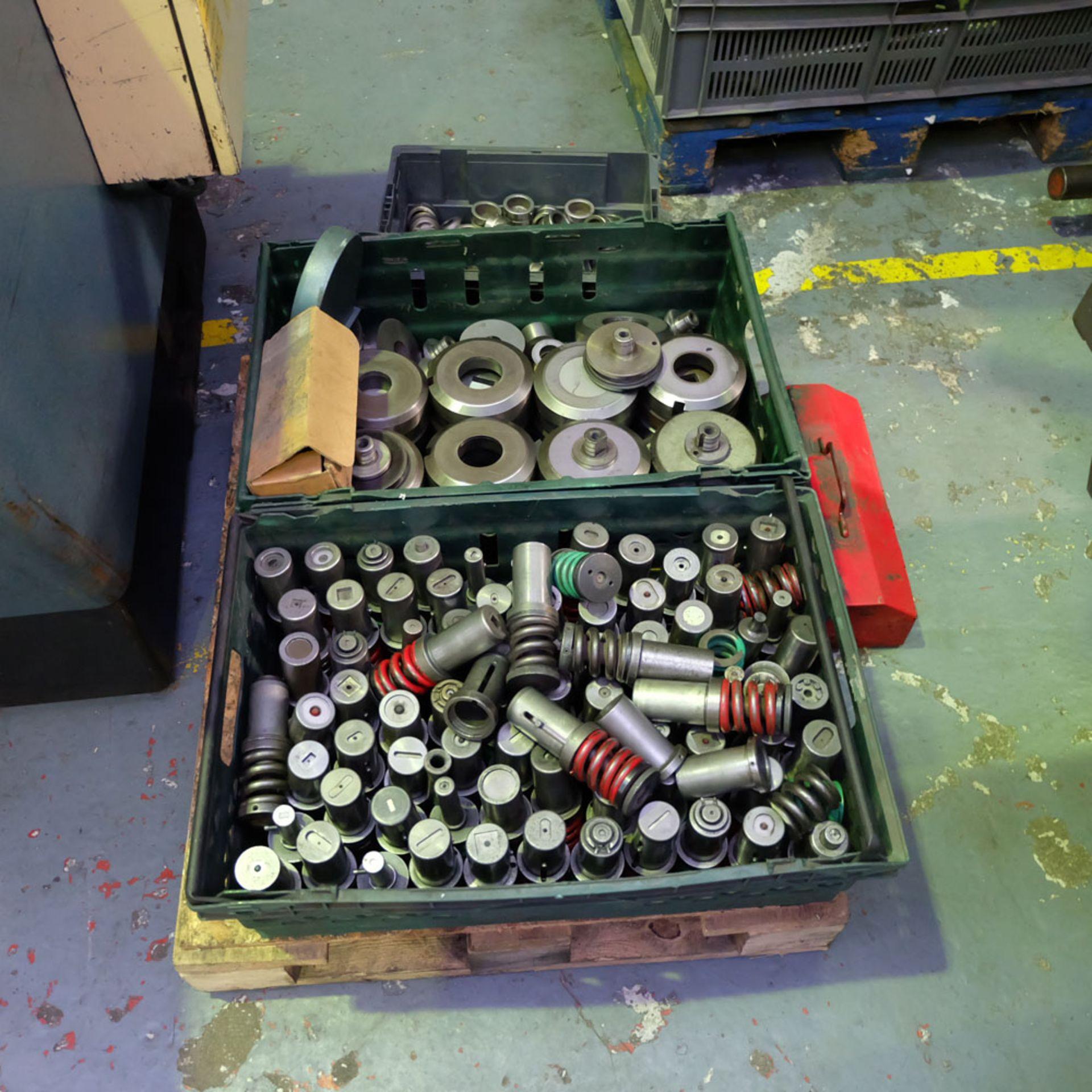 Amada D-750 Duplicator Punching Machine. - Image 15 of 18
