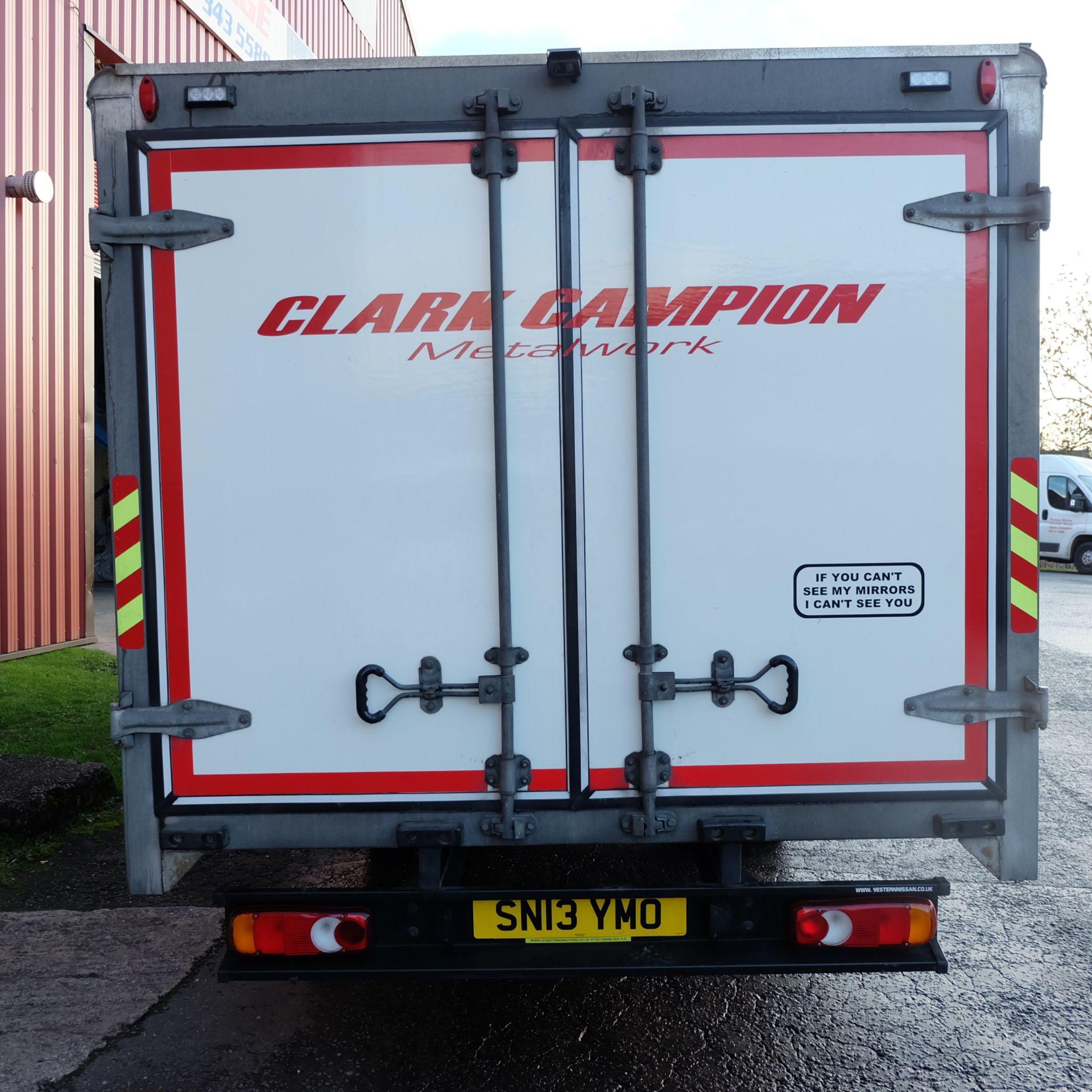 NISSAN CABSTAR 35.14 Rigid Bodied Curtain Truck. 3500KG Gross Weight. Sat Nav, Reversing Camera. - Image 5 of 14