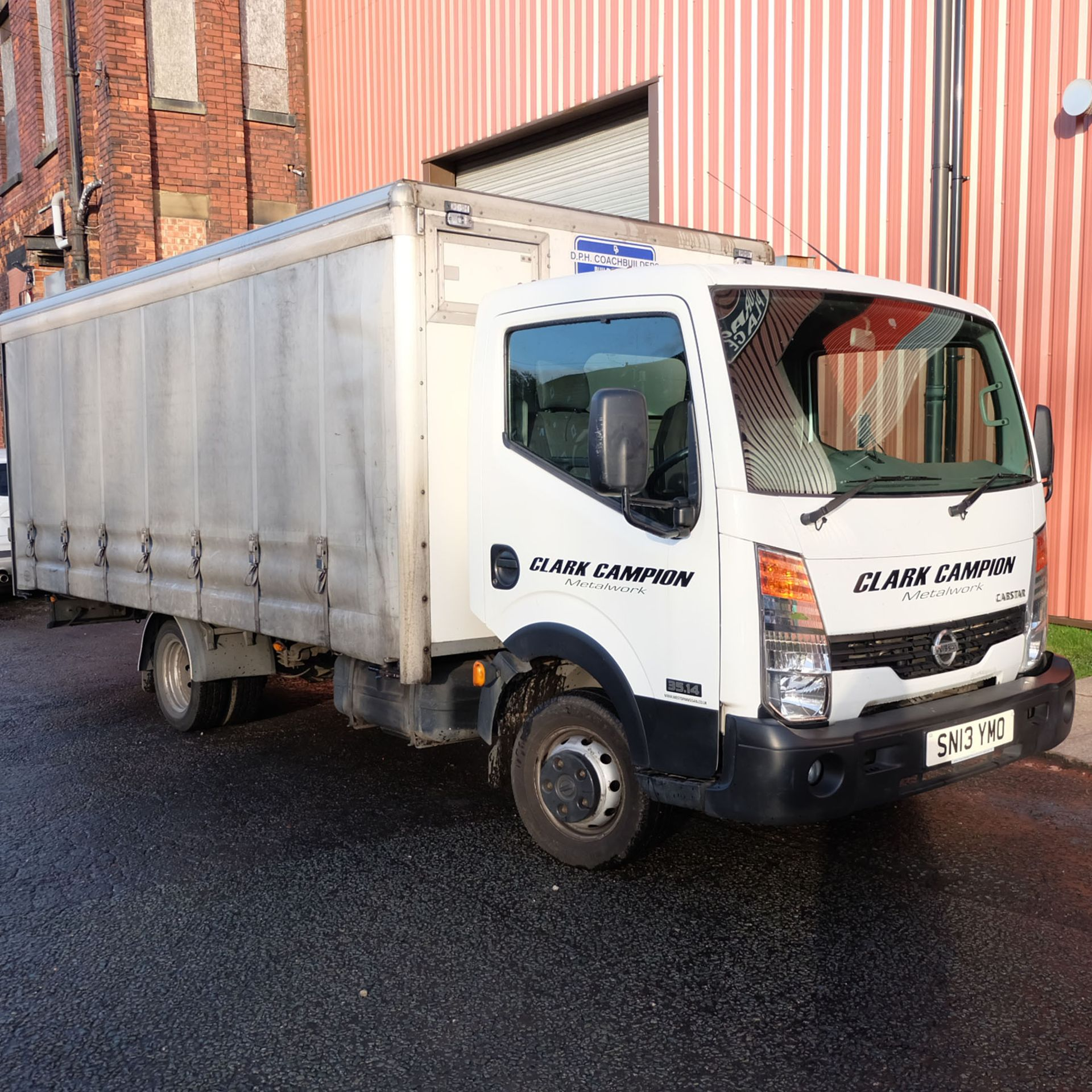 NISSAN CABSTAR 35.14 Rigid Bodied Curtain Truck. 3500KG Gross Weight. Sat Nav, Reversing Camera.