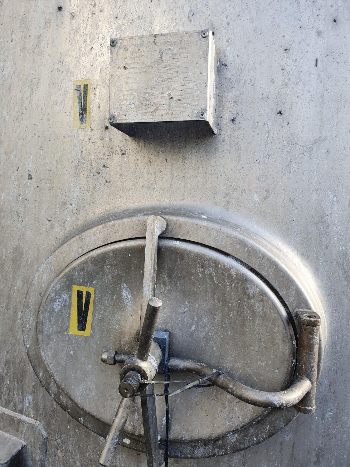 Lot 331 - 35 tonne 316 Stainless steel vertical cylindrical