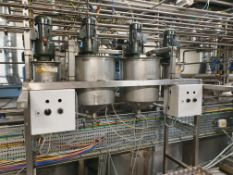 4 x Stainless steel small dosing pots with agitato