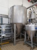 5,0000 Litre stainless steel conical based tank