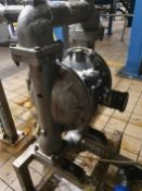 Sandpiper Stainless steel diaphragm pump