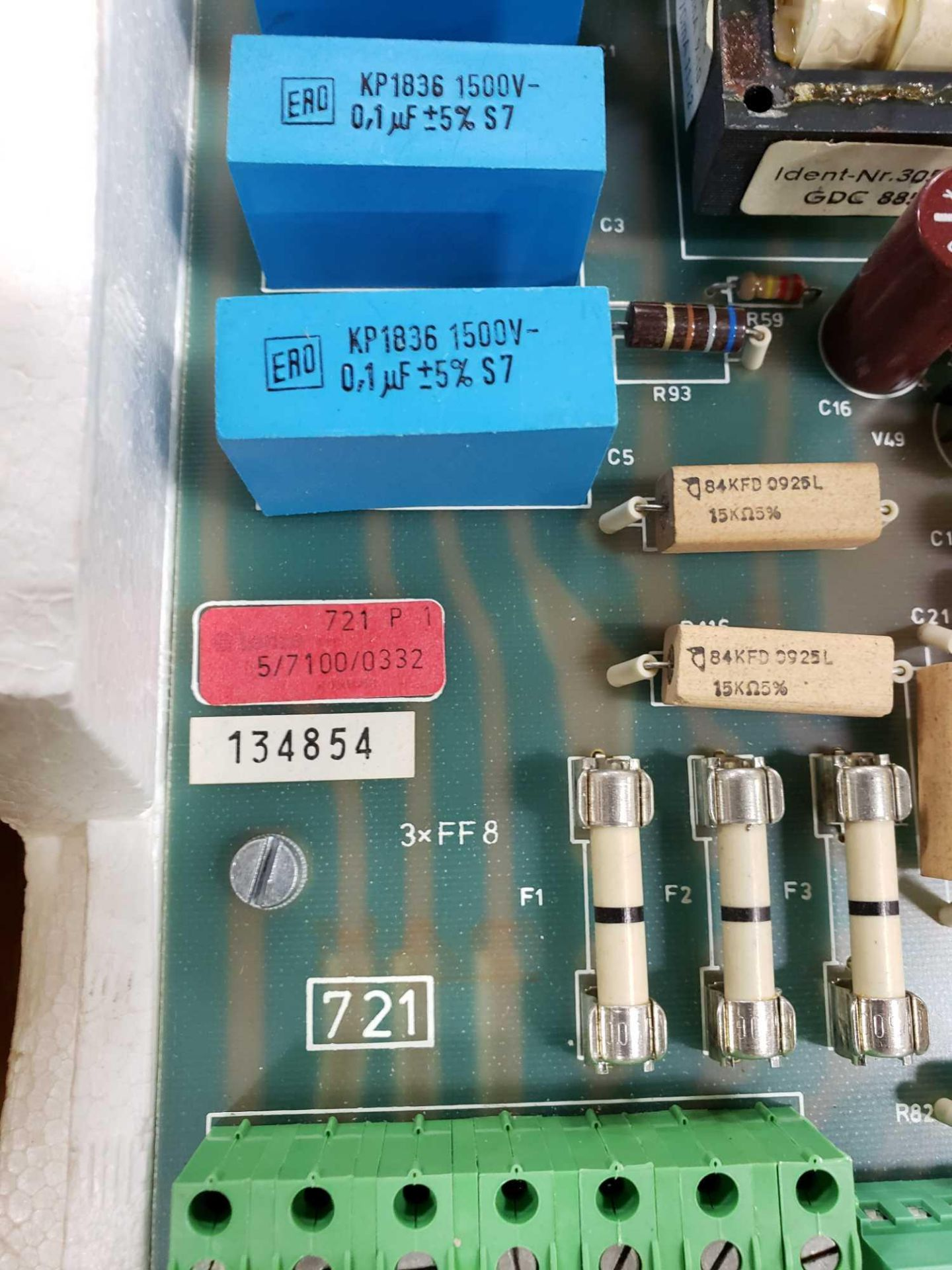 Lot 34 - Stahlkontor control model 721-E2. New as pictured.