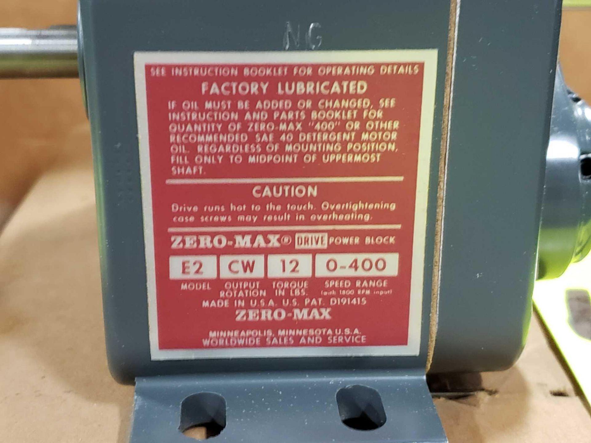 Lot 45 - Zero-max drive power block model E2, CW output rotation, 12lb torque, 0-400 speed range. New.