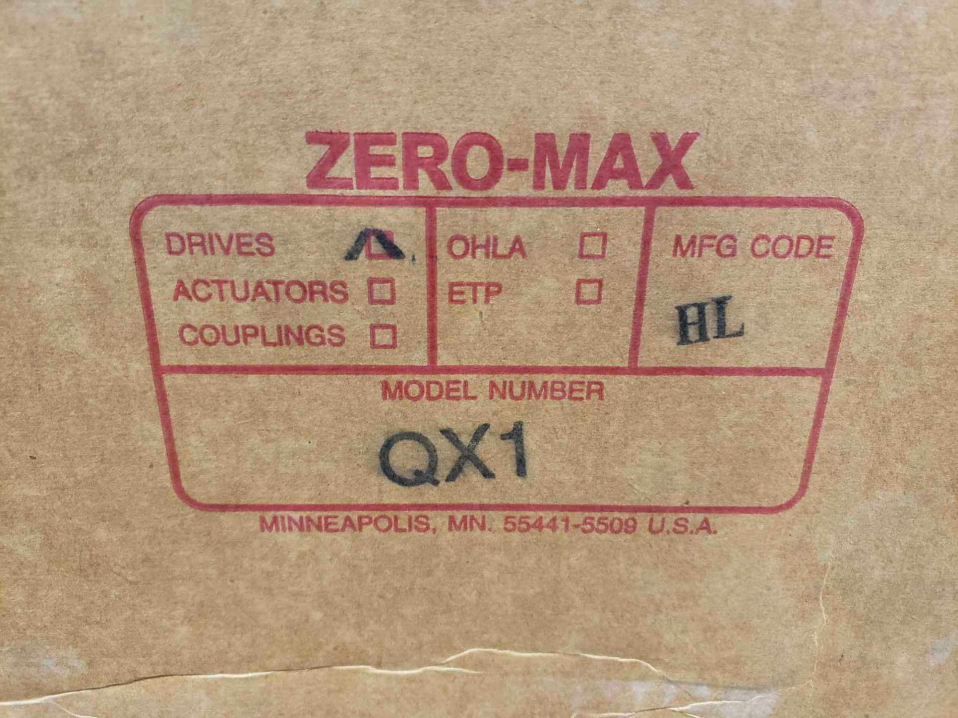 Lot 40 - Zero-max drive power block model QX1 CCW output rotation, 100lb torque, 0-400 speed range. New.