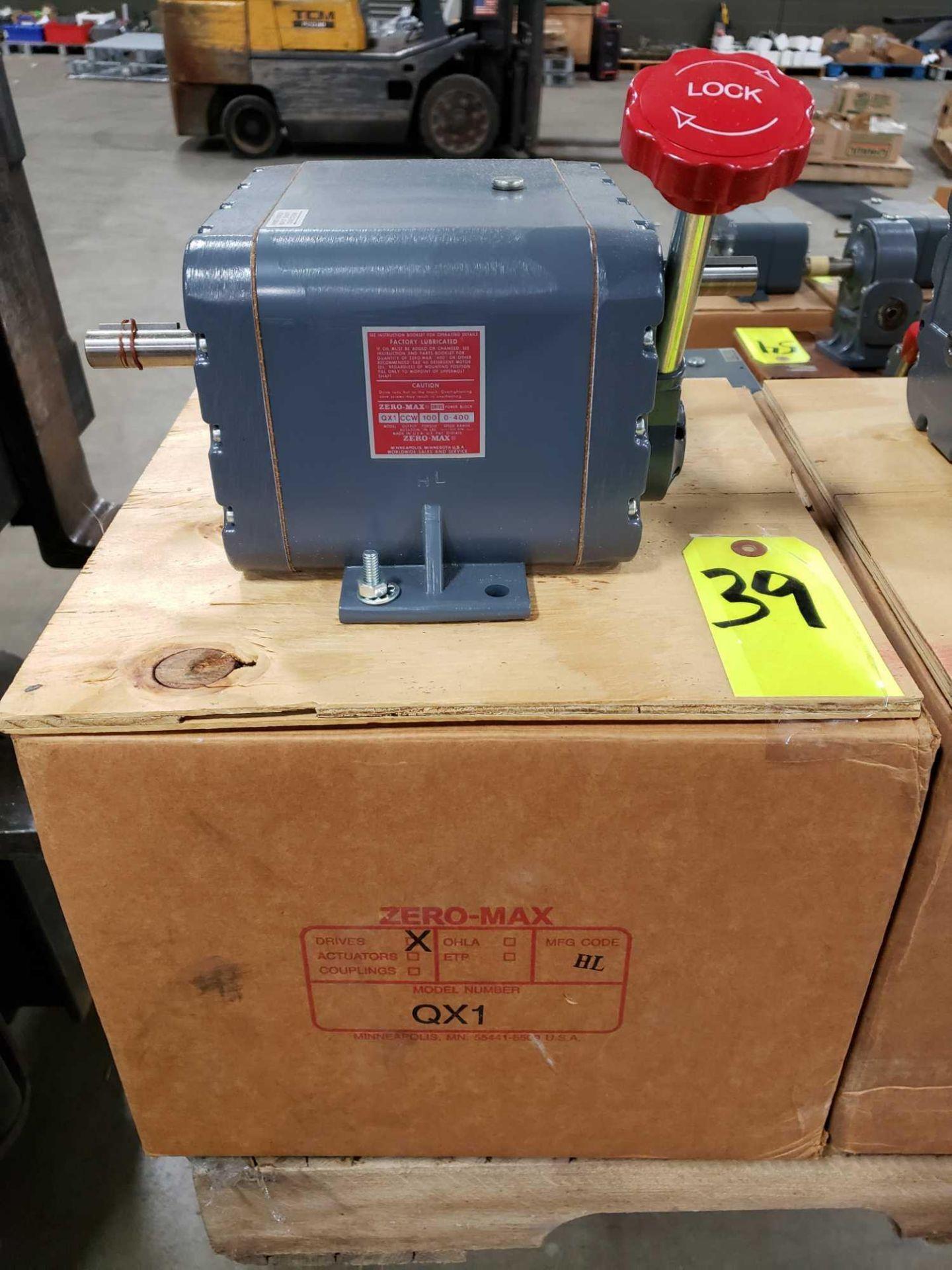 Lot 39 - Zero-max drive power block model QX1 CCW output rotation, 100lb torque, 0-400 speed range. New.