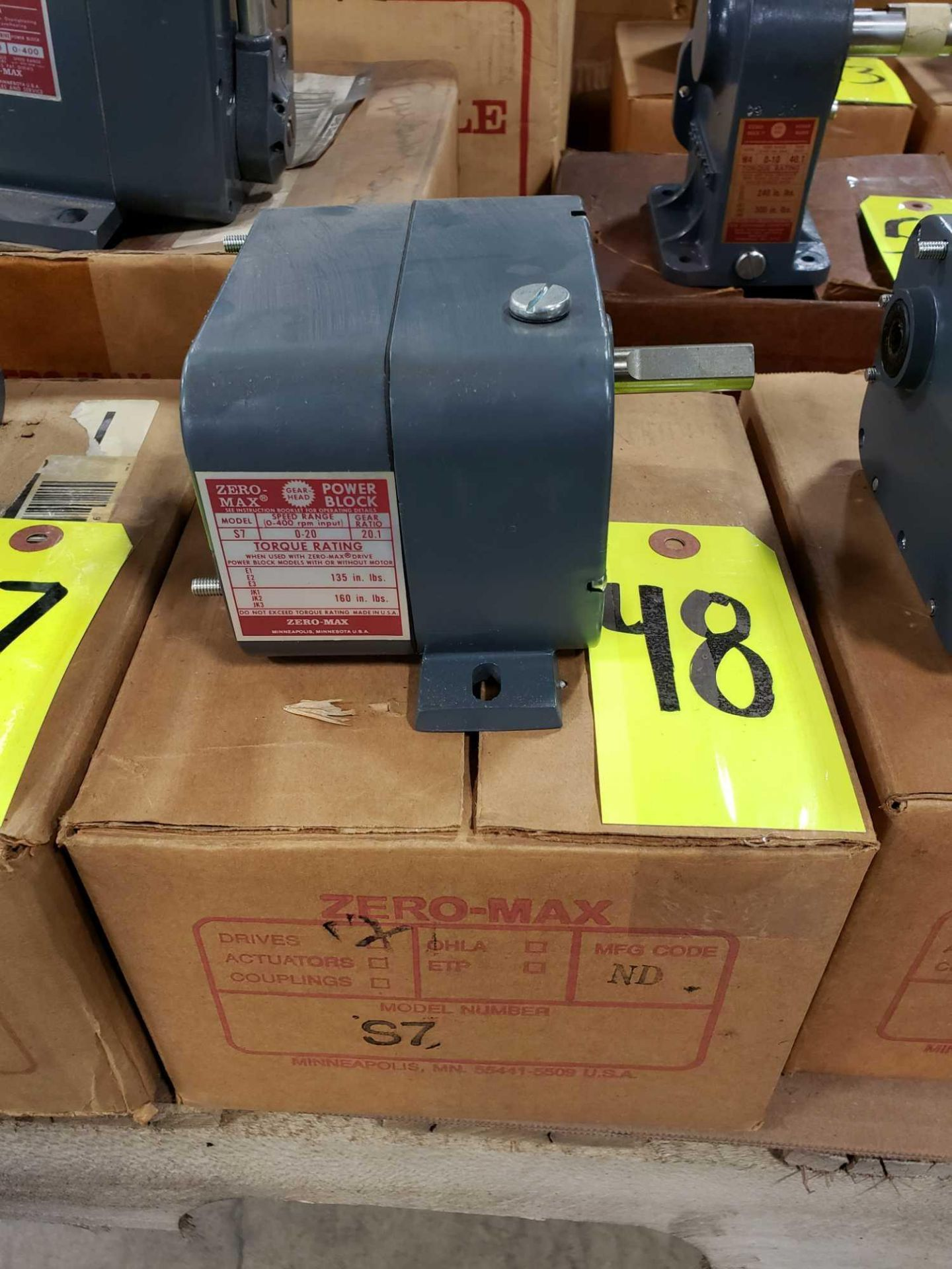 Lot 48 - Zero-max gearhead power block model S7, 0-20 output rotation, 12lb torque, 20:1 range. New in box.