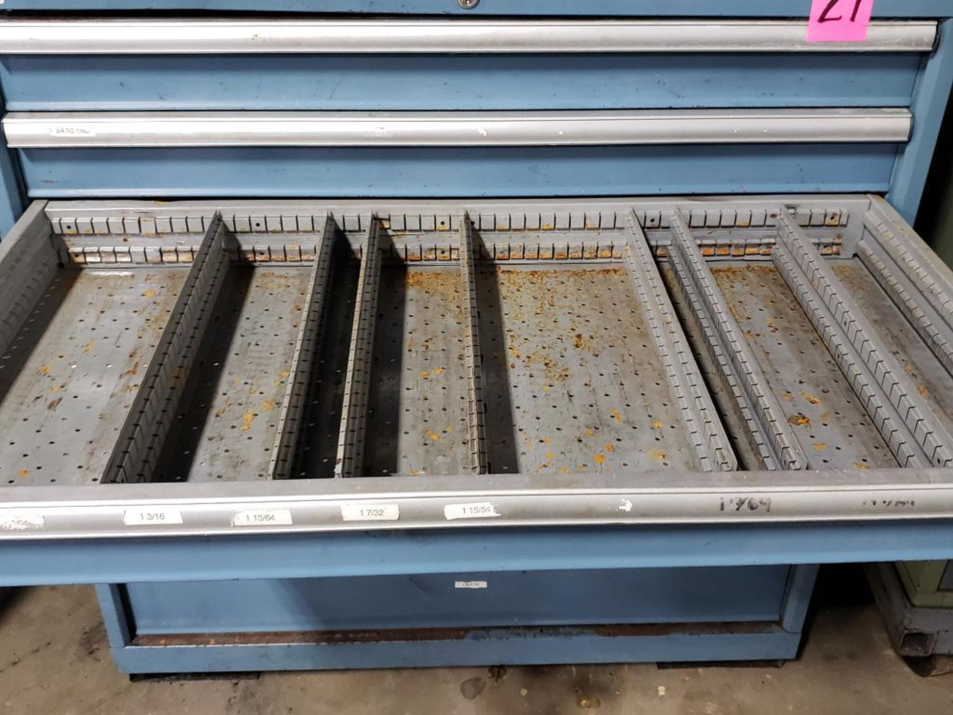 Lot 27 - 7 drawer Lista tool cabinet. Overall dimensions 42Tx40.5Wx23D.