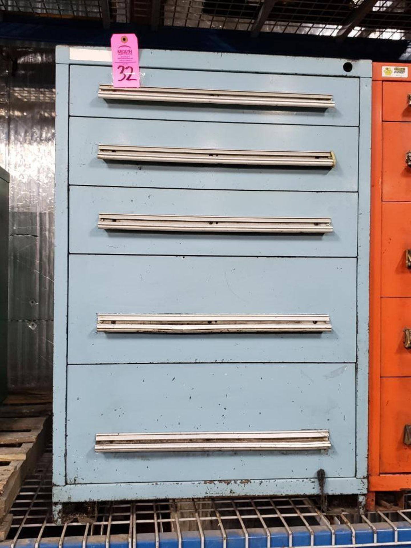 Lot 32 - 5 drawer Stanley Vidmar tool cabinet. Overall dimensions 44Tx30Wx28D.