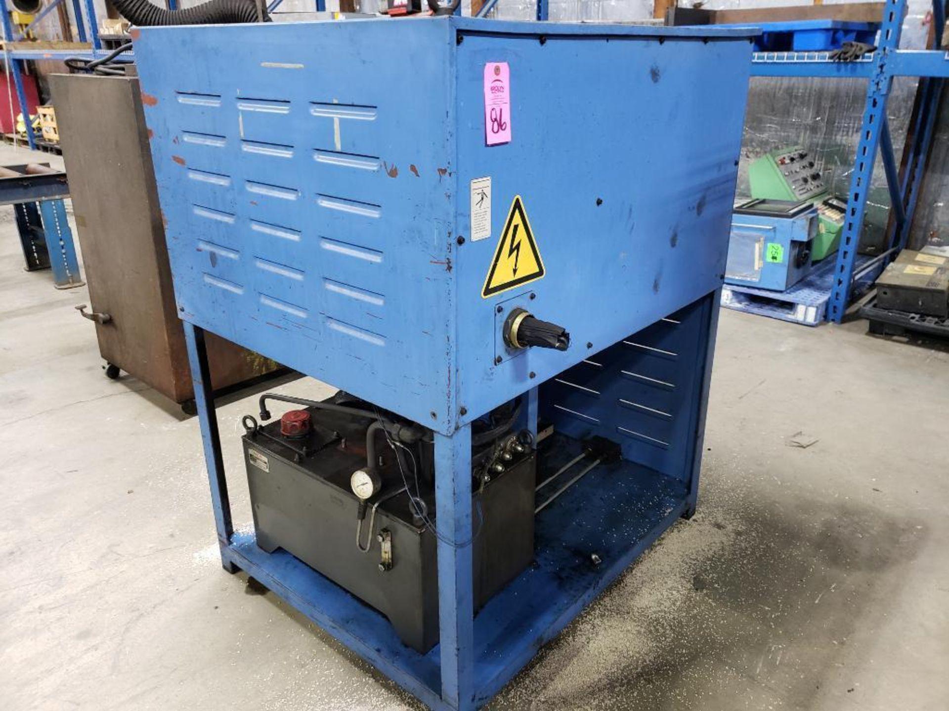 Lot 86 - Custom hydraulic power pack.