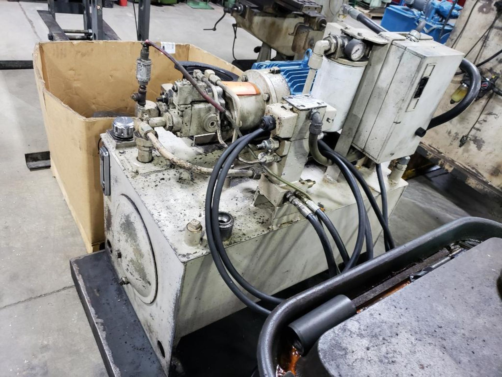 Lot 83 - Custom press with Continental Hydraulics 3500psi hydraulic power pack.