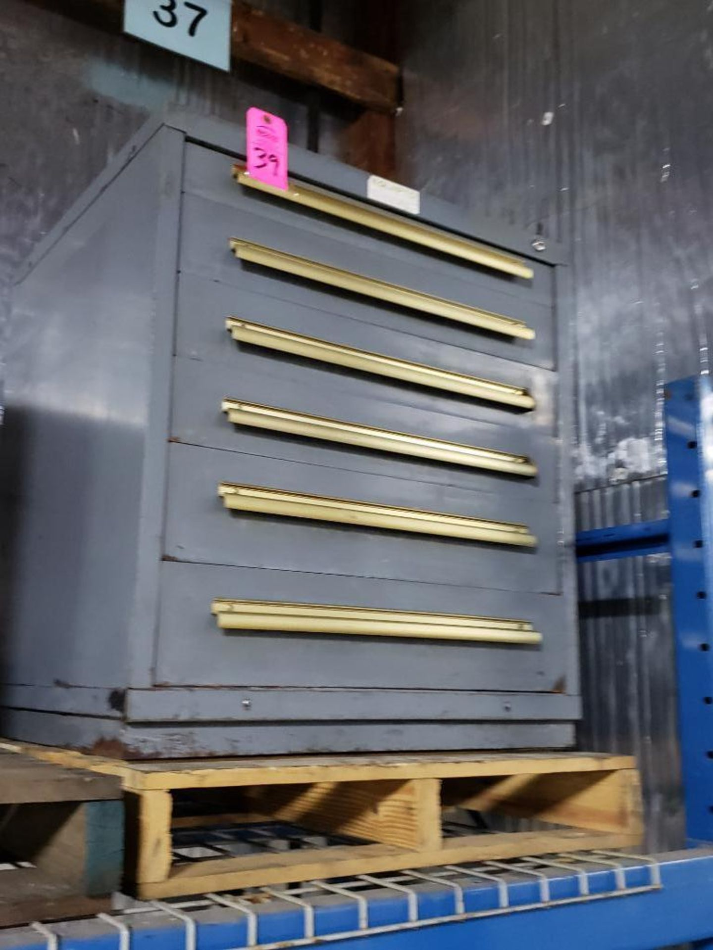 Lot 39 - 6 drawer Equipto tool cabinet. Overall dimensions 34Tx30Wx28D.