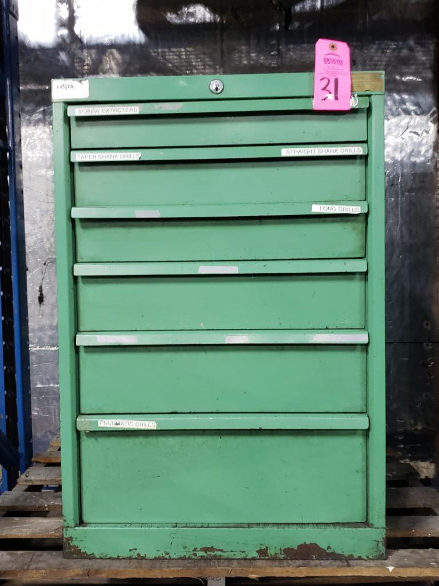 Lot 31 - 6 drawer Lista tool cabinet. Overall dimensions 33.5Tx22.5Wx28D.