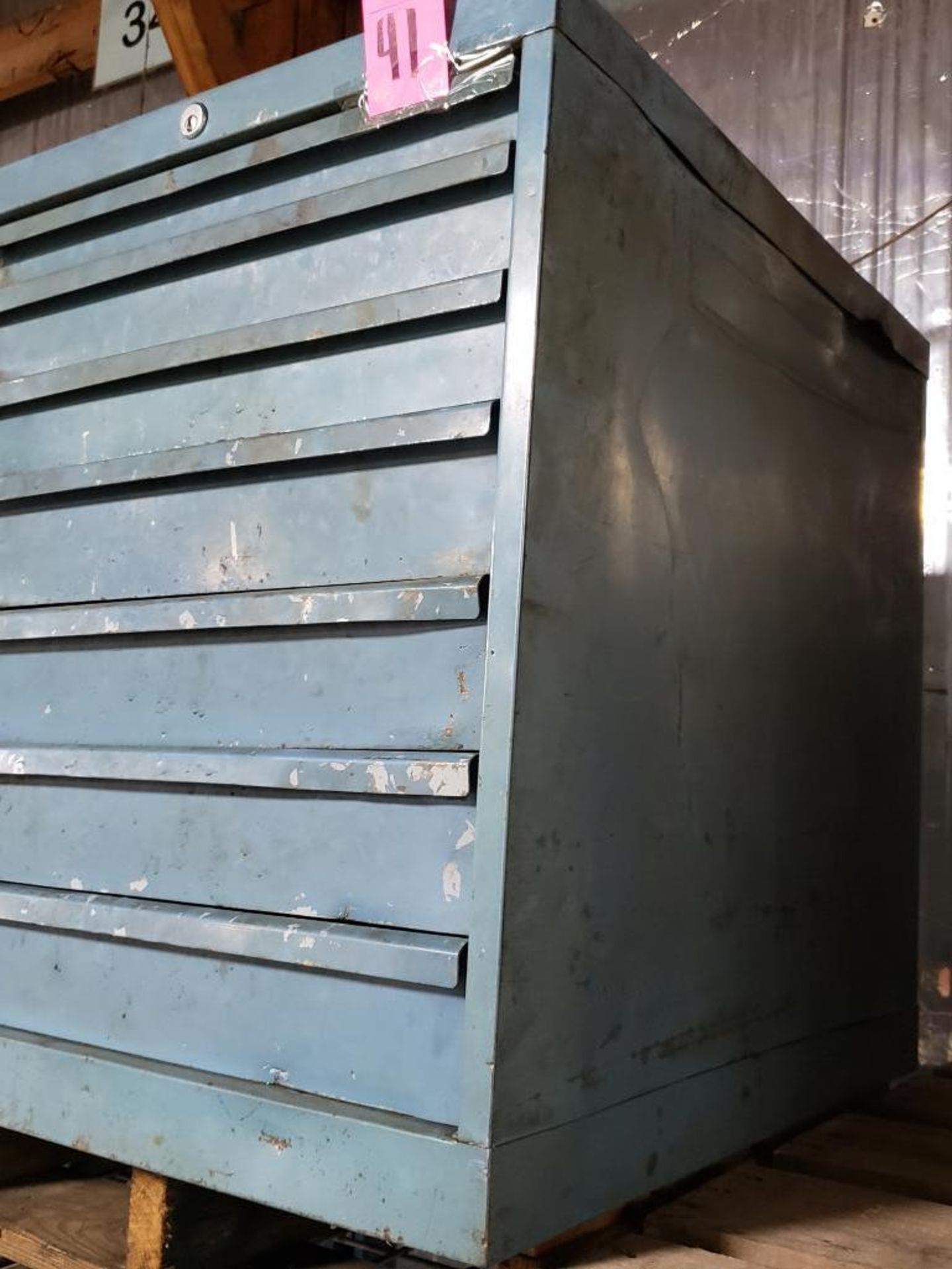 Lot 41 - 7 drawer Lista tool cabinet. Overall dimensions 27.5Tx23Wx28D.
