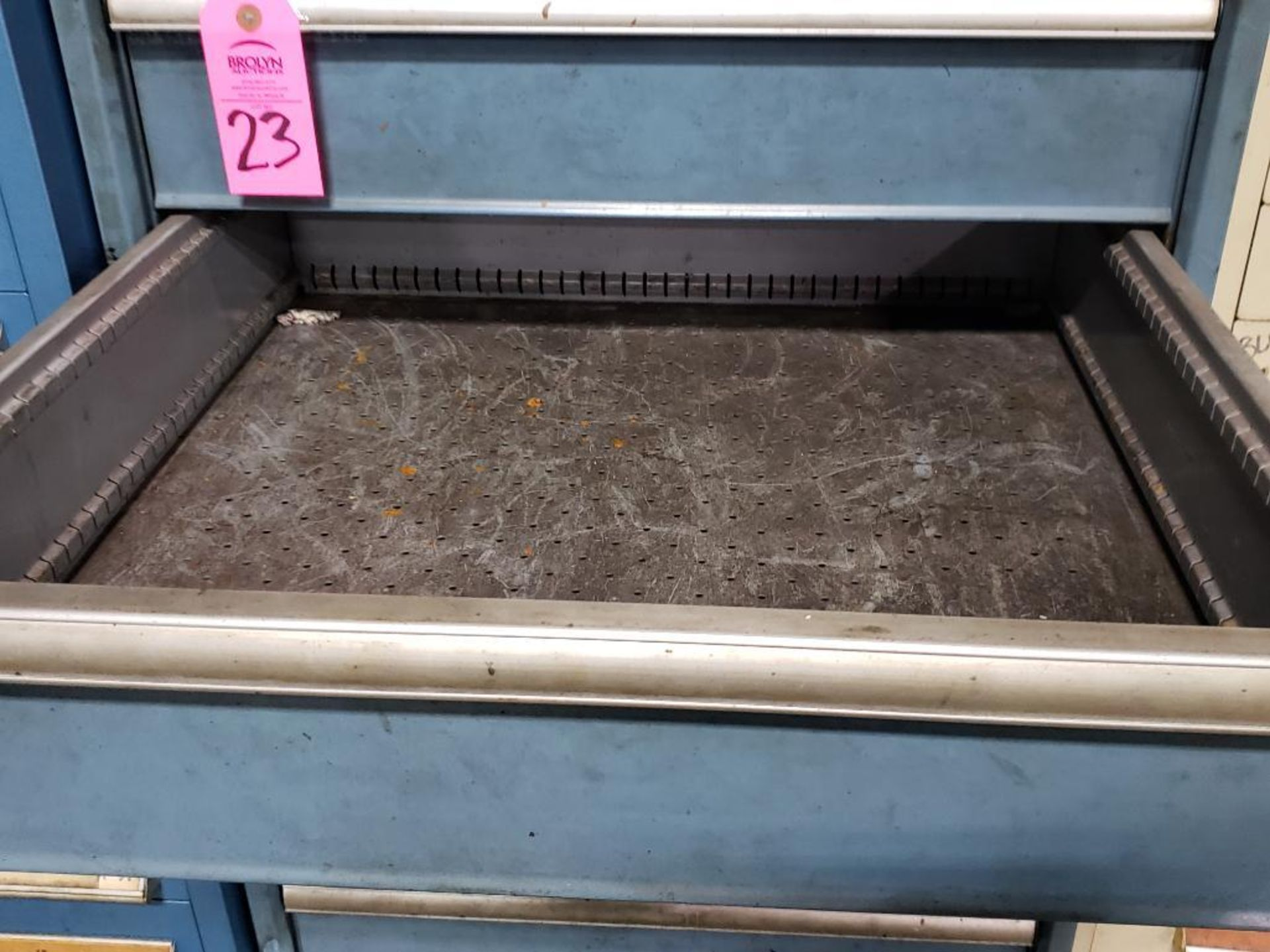 Lot 23 - 8 drawer Lista tool cabinet. Overall dimensions 59Tx28.5Wx29D.