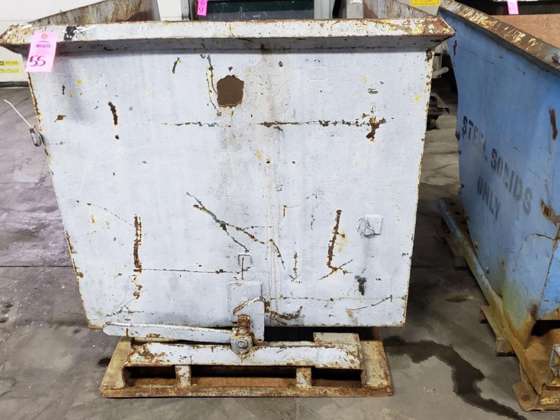 Lot 55 - Self dumping hopper.
