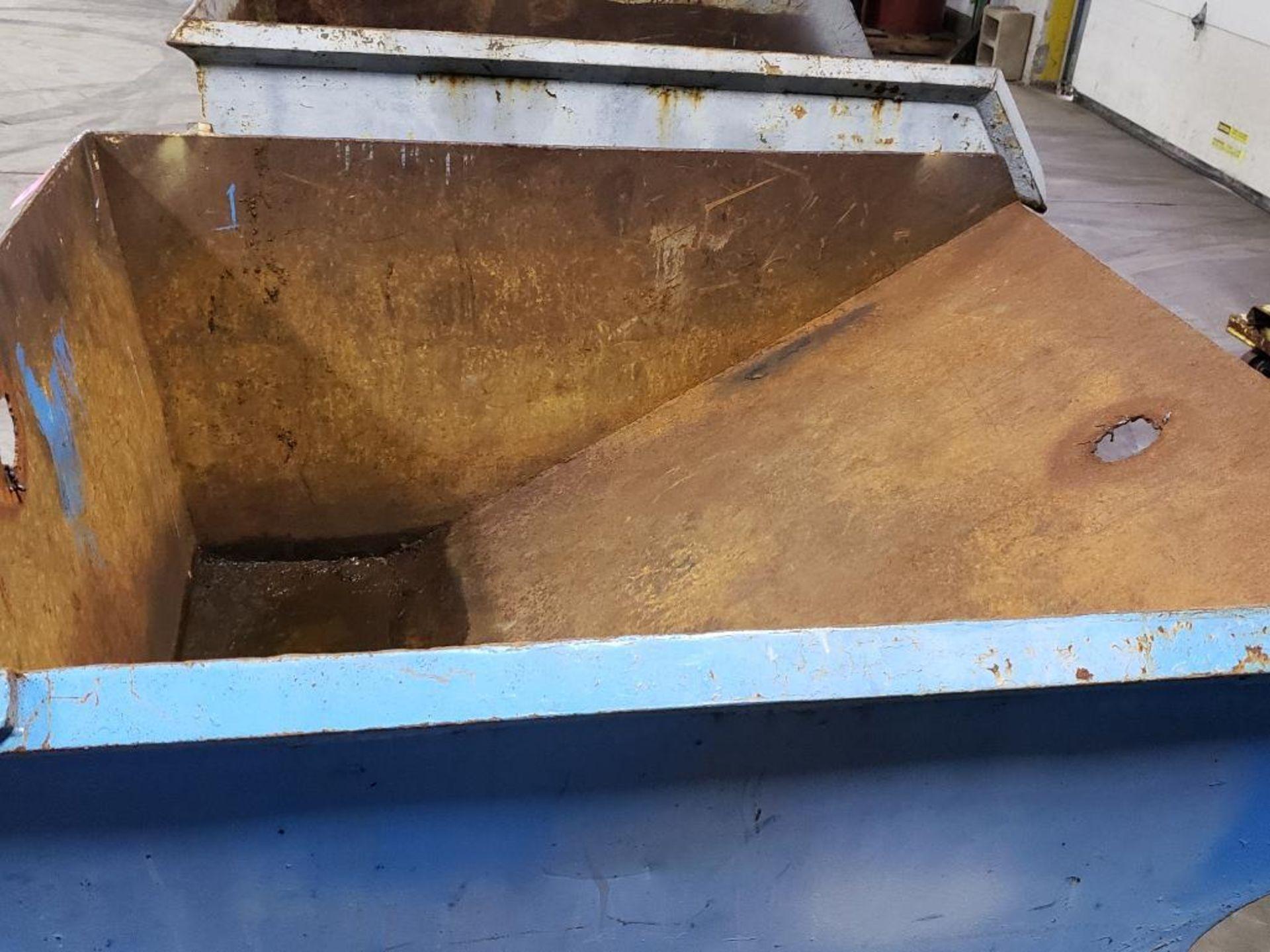 Lot 56 - Self dumping hopper.