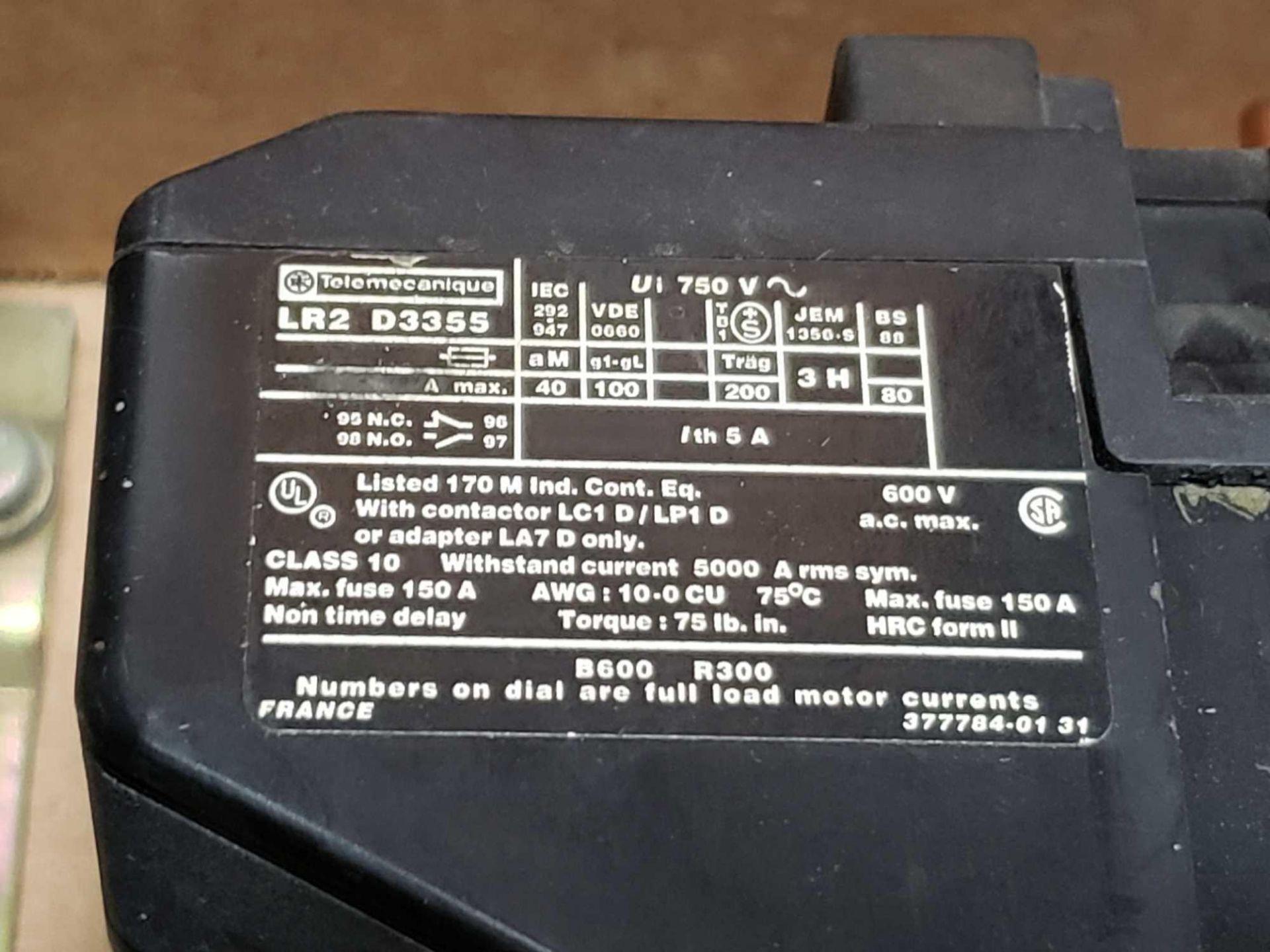 Lot 15 - Assorted contactors / starters.