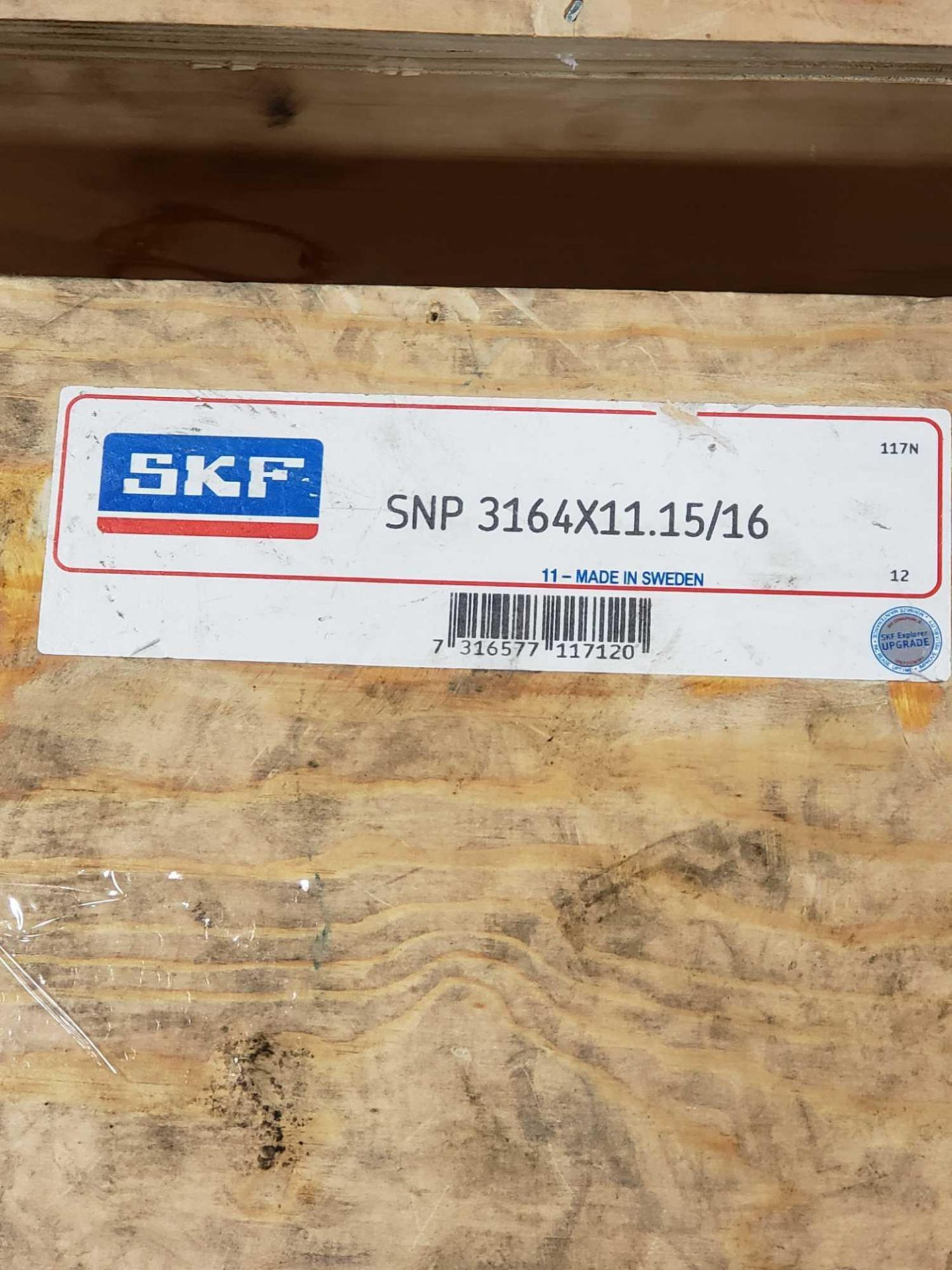 Lot 26 - SKF bearing adapter part number SNP3164X11.15/16. New in crate.