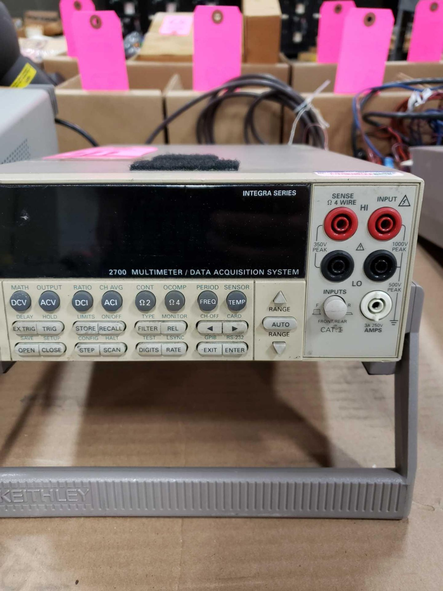 Lot 41 - Kiethley 2700 multimeter data acquisition system with 7706 all in one module.