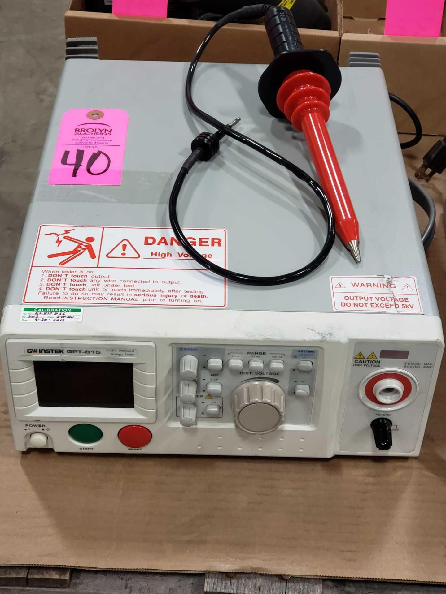 Lot 40 - GW Instek gpt-815 AC/DC voltage tester power analyzer with probe.