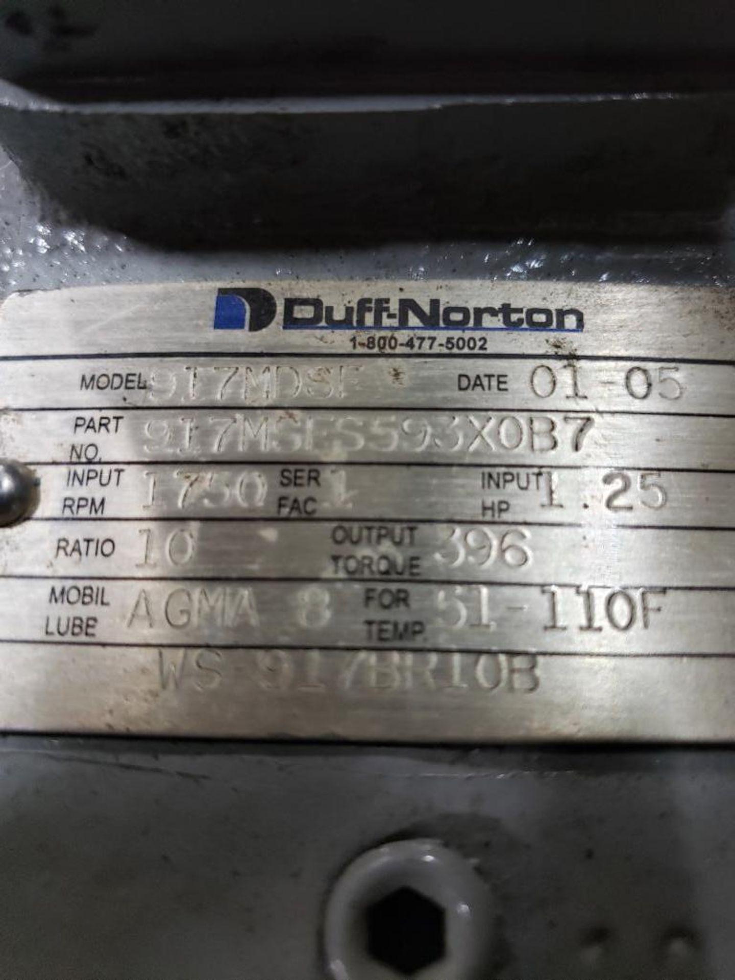 Lot 29 - Duff Norton anti-backlash actuator, model M10410-327.