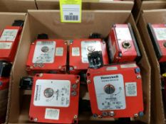 Qty 5 - Honeywell Microswitch. Part number GKLA40L6A2.
