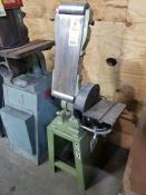 """Central Machinery combination belt and 9"""" disc sander. Model T6852."""