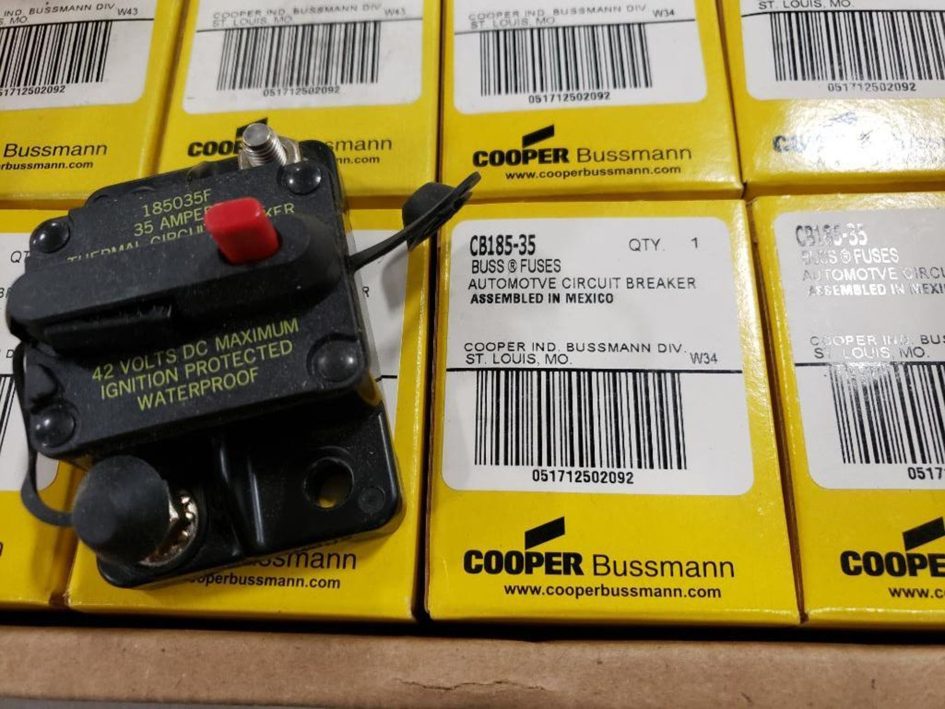 Qty 21 - Bussmann CB18S5-35 circuit breaker. New in box. - Image 2 of 2