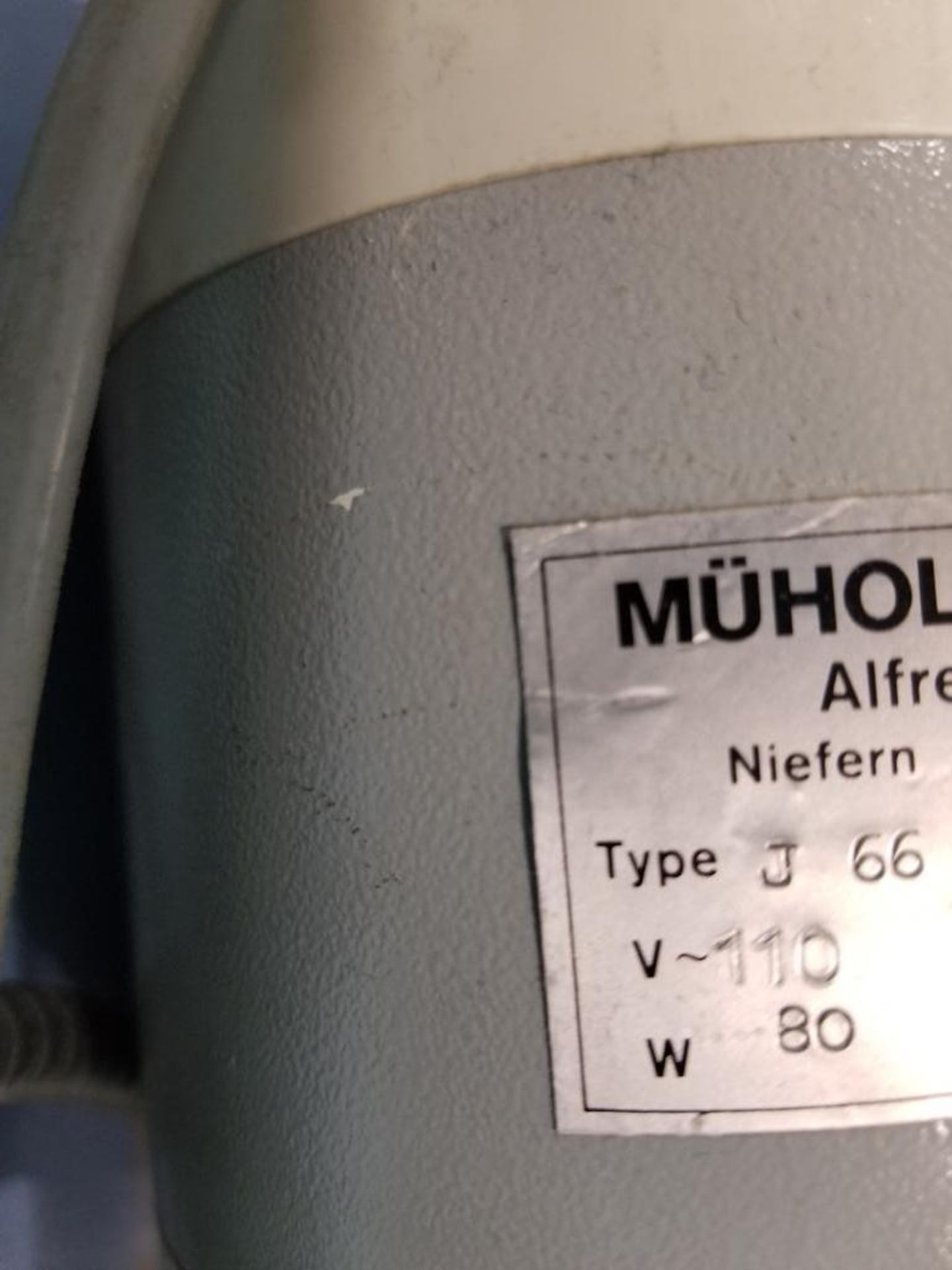 Lot 75 - Muholos-Werk Type J66 electric scissors/shear.