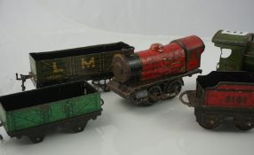 Small Lot of Vintage Hornby Train Carriages and Rolling Stock, with accesories and track, (a lot)