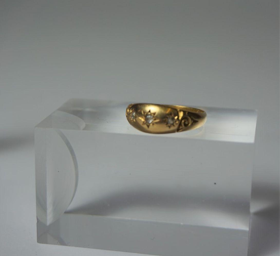 Antiques, Fine Art, Jewellery