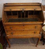 Oak Writing Bureau, circa early 20th century, Having a tambour roller shutter enclosing fitted