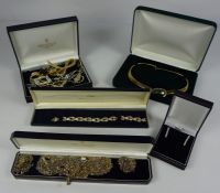 Quantity of Decorative Costume Jewellery, To include brooches, pendants, bracelets, earrings etc