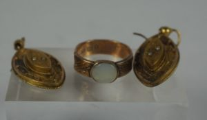 9ct Gold Opal Ladies Ring, circa late 19th / early 20th century, Stamped 9 and 375, Hallmarks for