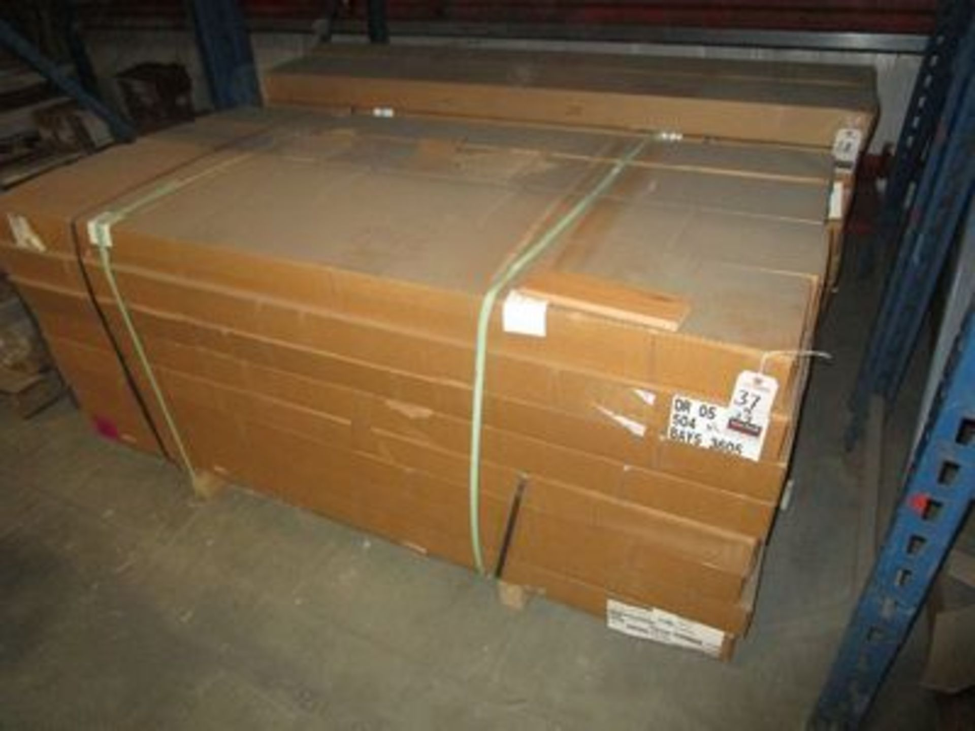 """Lot 39 - BOXES BUILDERS COLLECTION 3 1/4"""" NATURAL T & G HARDWOOD FLOORING, (25 S/F PER BOX)"""
