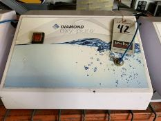 DIAMOND OXY PURE OXYGEN FACIAL MACHINE, 110V, 4-AMP, S/N DSS-2011-003C