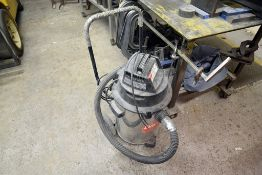 Dayton Model: 4tr12a Wet/dry Vac