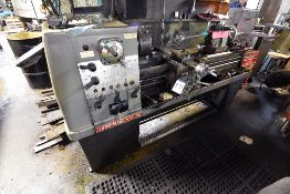 """American Turnmaster 15""""x50"""" Lathe ,Model THL-1550, w/Sony LH52 Magnescale Readout"""