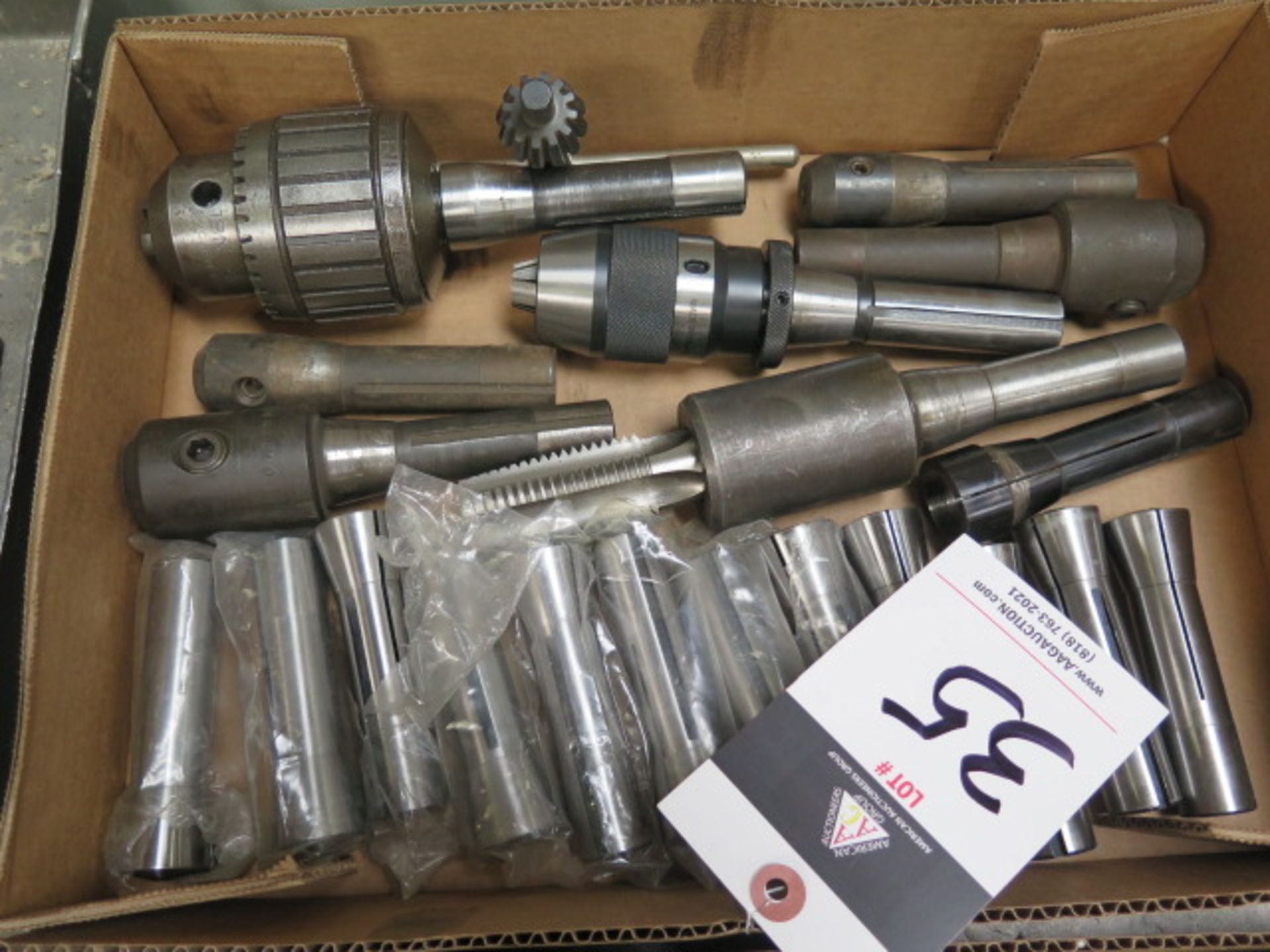 Lotto 35 - R8 Tooling and Collets (20)