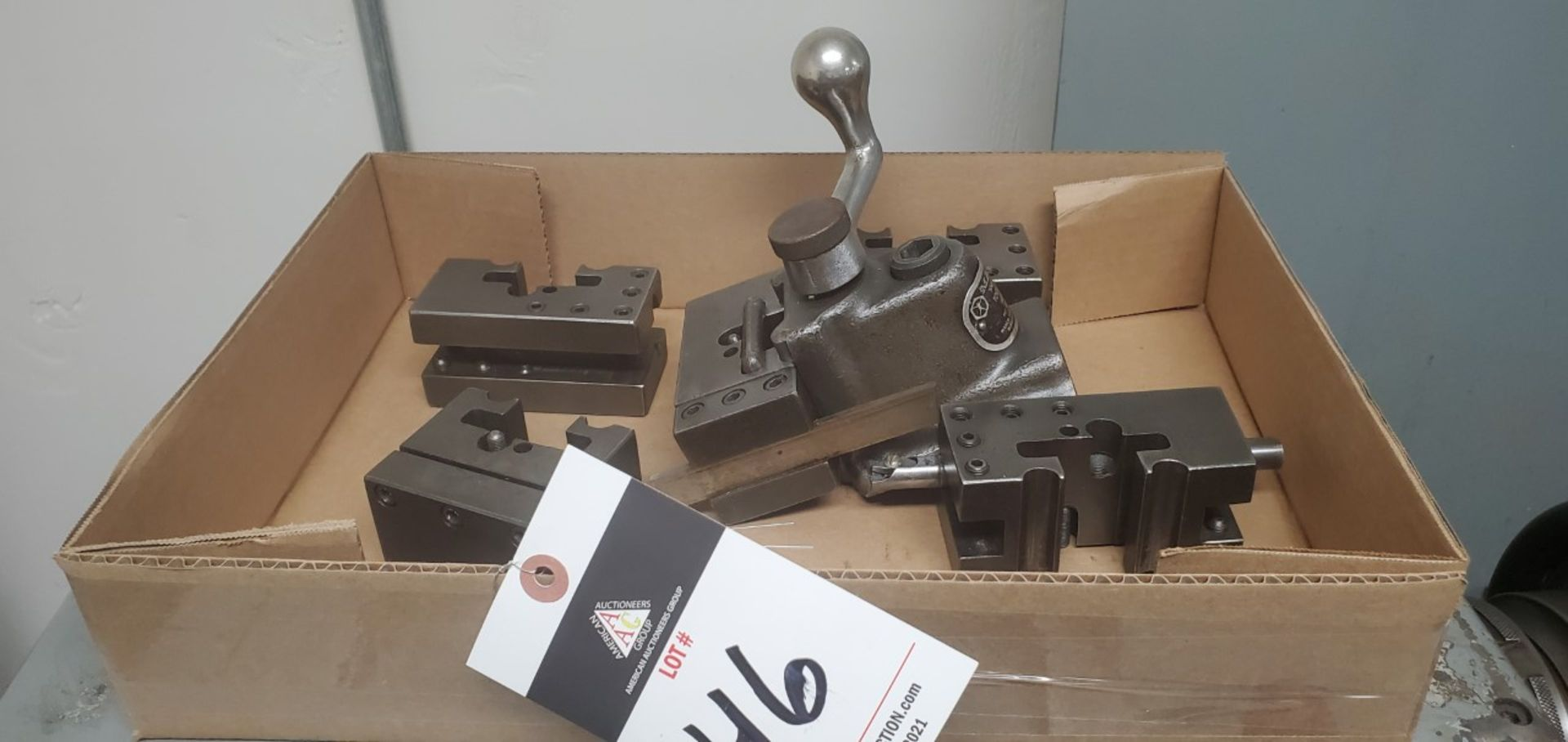 Lot 46 - Manco Tool Post and Tool Holders