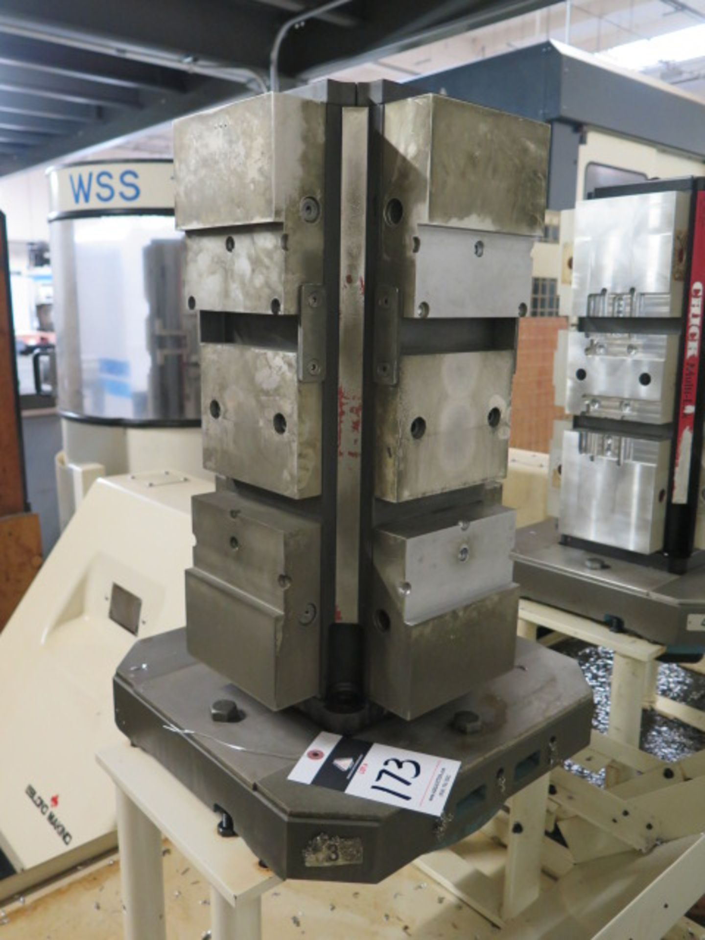 """Lot 173 - Chick 4-Position 6"""" Cluster Tombstone w/ Makino Pallet"""